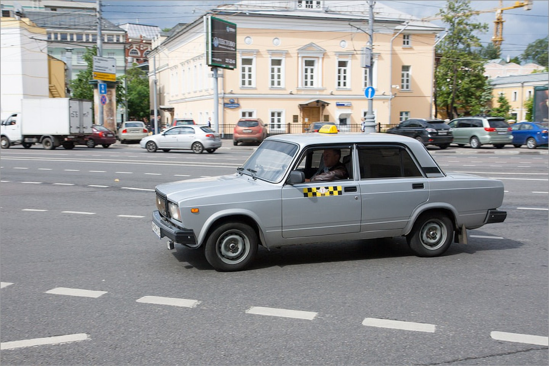 تاكسيهاي سياه