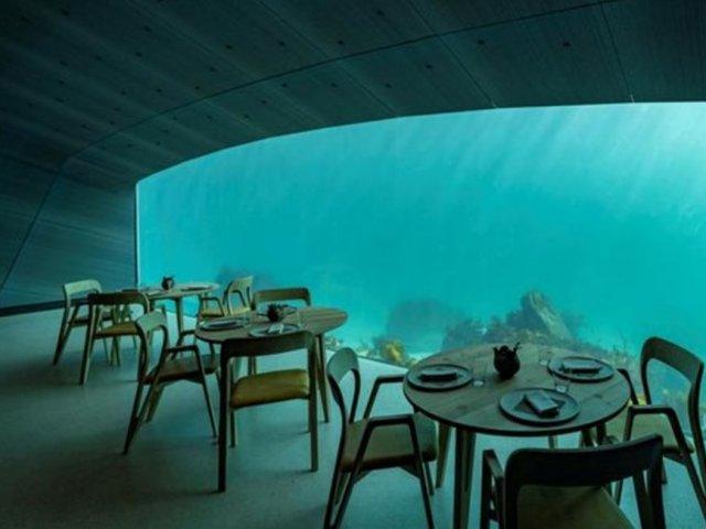 اولین رستوران زیر آبی اروپا