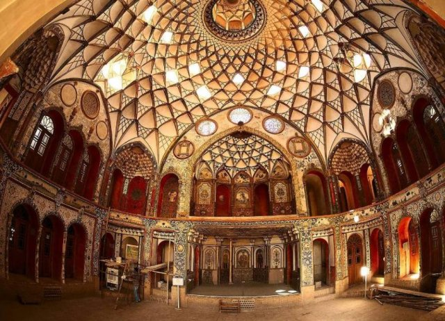 Top-5-Places-to-Visit-in-Kashan-SURFIRAN